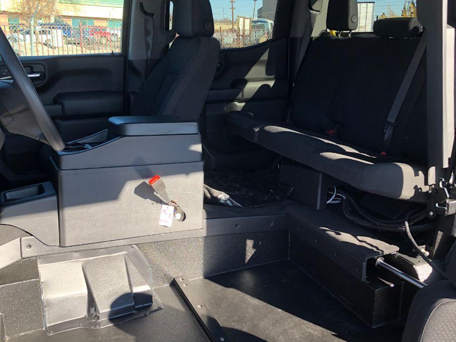 Black Chevrolet Silverado 1500 image number 12