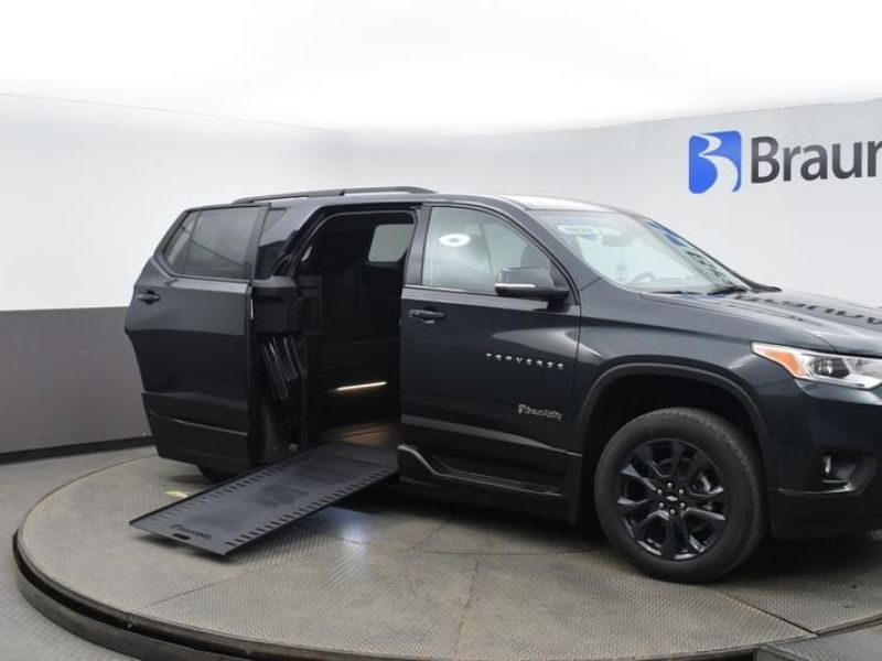 Gray Chevrolet Traverse with Side Entry Automatic In Floor ramp
