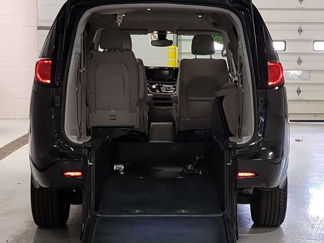 Black Chrysler Pacifica with Rear Entry Manual  ramp