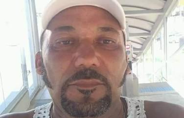 Leonidio, 47 anos, não resistiu ao ferimento.