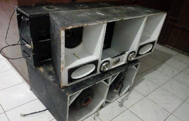 O aparelho foi apresentação na Delegacia de polícia local, onde o caso foi registrado.