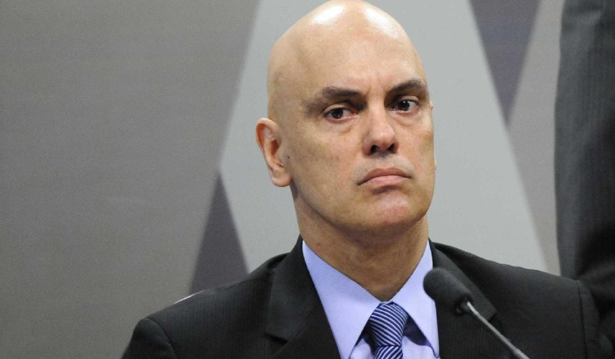 Com a decisão de Moraes, os profissionais têm direito ao uso da arma independentemente do tamanho da cidade.