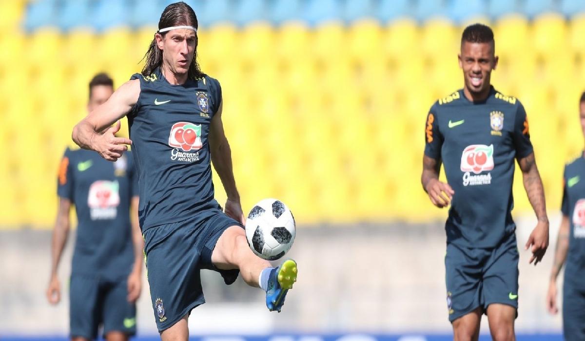 Brasil enfrenta México nesta segunda-feira