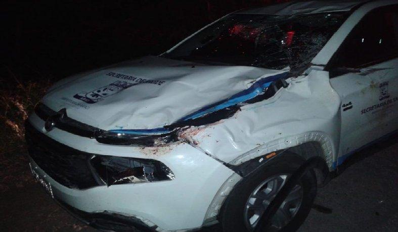 Motorista e outras quatro pessoas que estavam com ele saíram ilesos do acidente.