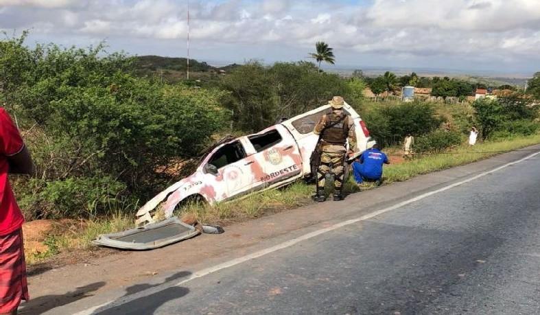 Quatro policias estavam no veículo no momento do acidente.