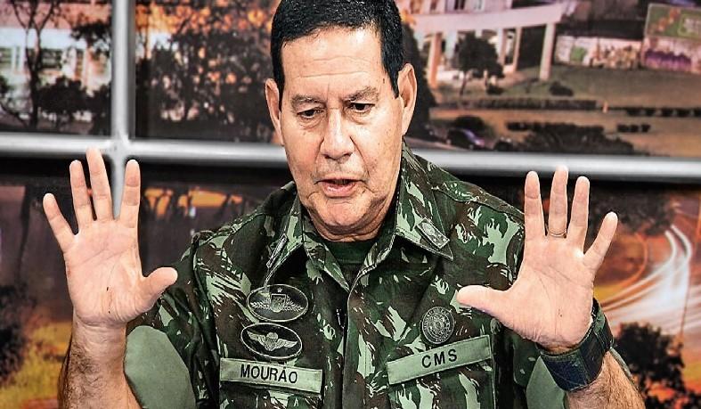 Em sua declaração, o general disse que o brasileiro também tem uma tendência a querer privilégios