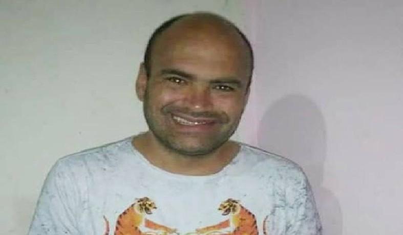 Marlon que atualmente trabalhava com reportagens freelance, já foi apresentador de programas nas rádios locais Jacuípe AM e Gazeta FM.