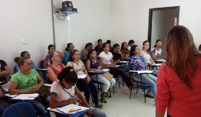 A Oficina envolveu 25 mulheres de 20 comunidades do município