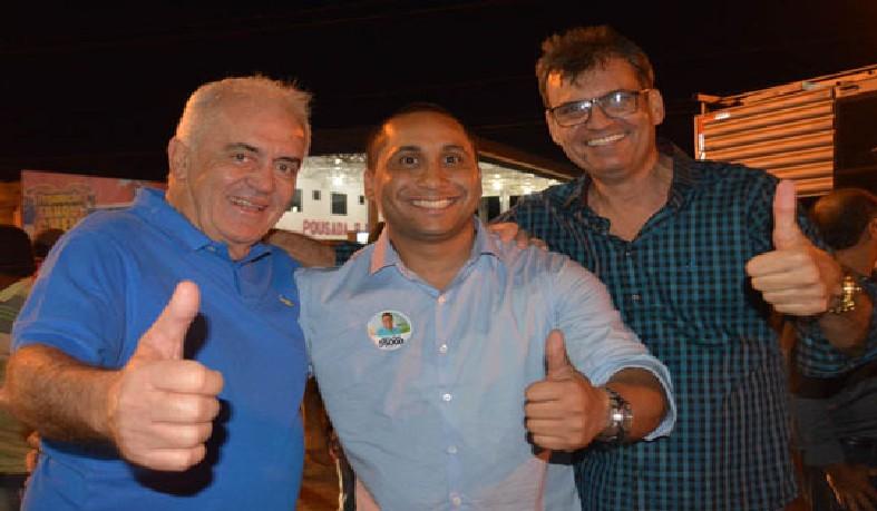 Jair oficializa filiação ao PSD durante encontro com o senador Otto Alencar e o ex-prefeito de Santaluz, Júnior do Max