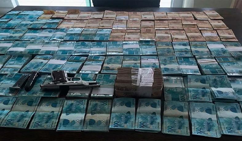 Dinheiro apreendido durante a Operação Offerus, na Bahia