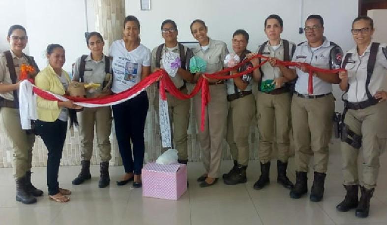 Policiais femininas do 16º Batalhão de Polícia Militar