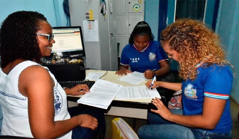 Renovação de matrícula na rede estadual de ensino da Bahia será de 26 de novembro a 17 de dezembro de 2018