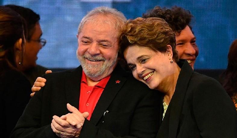 Além de Lula e Dilma, passam à condição de réus no processo os ex-ministros da Fazenda Antonio Palocci e Guido Mantega, e o ex-tesoureiro do PT João Vaccari Neto