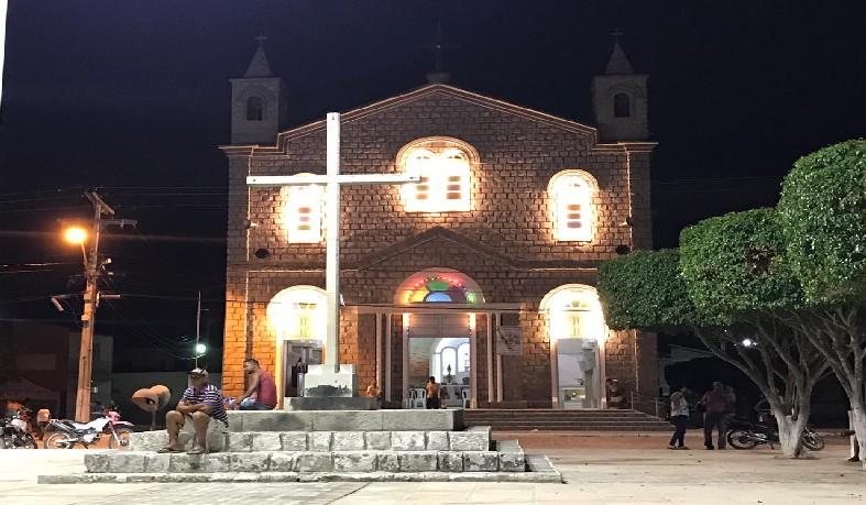 Paróquia de Santa Luzia, celebra nesse ano o Jubilar dos anos 70 da construção da Igreja Matriz de Pedra.