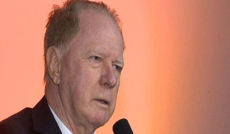 Ex-governador e ex-senador do ES
