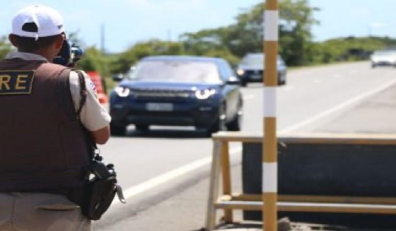 A operação abordou 6.789 veículos na rodovias baianas, sendo que 1.485 foram autuados.