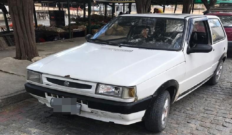 Veículo era clonado e possuía restrição de furto ou roubo.