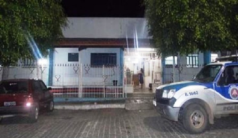 Dupla suspeita de balear jovem em Teofilândia, estava com uma moto roubada