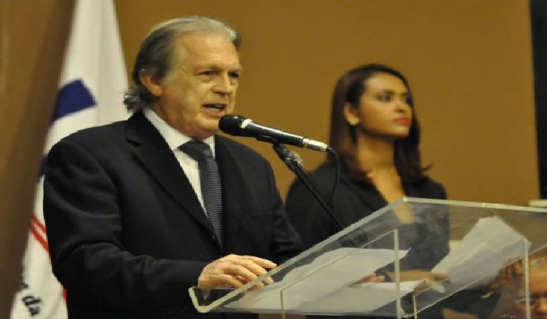 Luciano Bivar