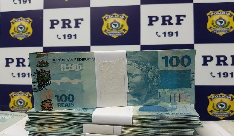 Homem contou que pagou R$ 20 mil pelas notas e pretendia repassá-las no Carnaval de Salvador