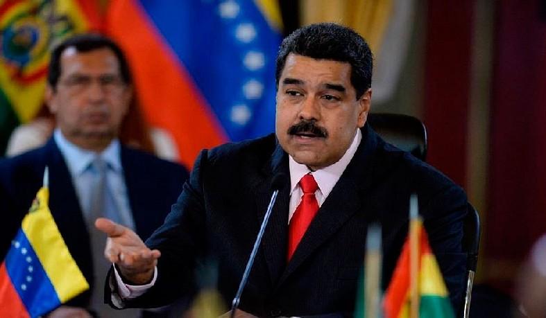 Ele também analisa possibilidade de fechar a fronteira com a Colômbia