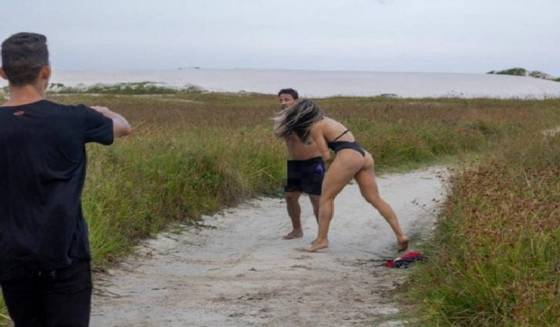 Joyce Vieira fazia uma sessão de fotos em Cabo Frio, no Rio, quando viu o ato