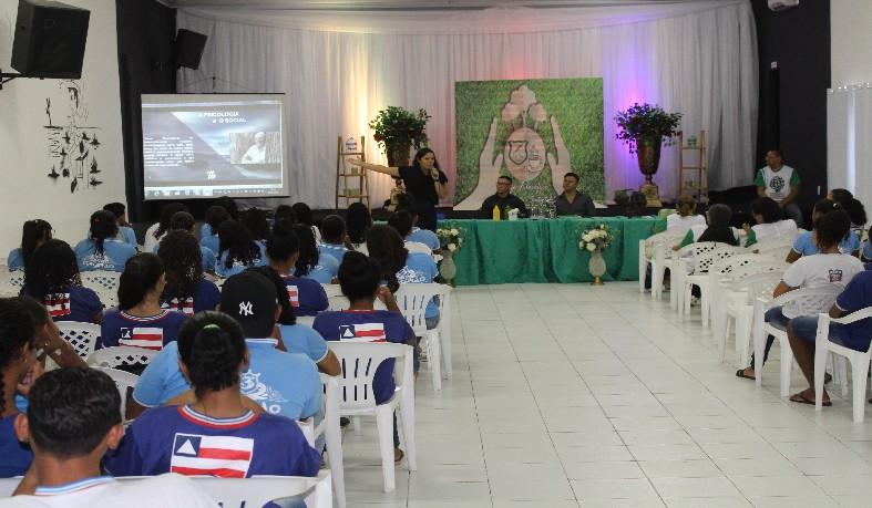 Além das palestras, os estudantes e convidados puderam participar de eixos temáticos de discussões acerca de temas voltados à proteção do meio ambiente.