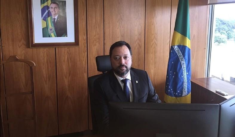 Alexandre Lopes é o 4º ocupante do cargo desde o começo do ano. Órgão é responsável por estatísticas, avaliações e provas, como o Enem.
