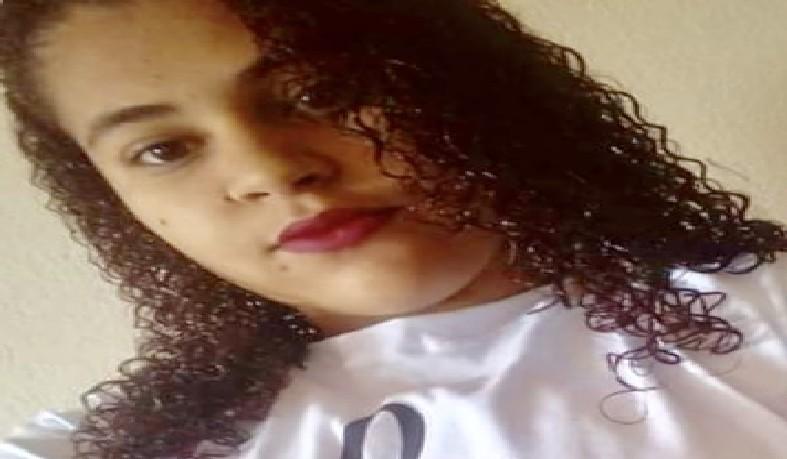 Adolescente foi morta a facadas nesse domingo