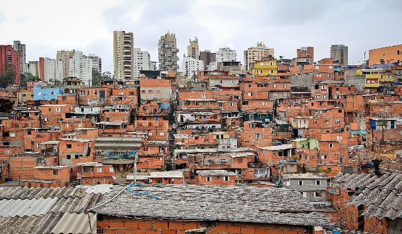 Confusão aconteceu em baile com 5 mil pessoas na comunidade de Paraisópolis
