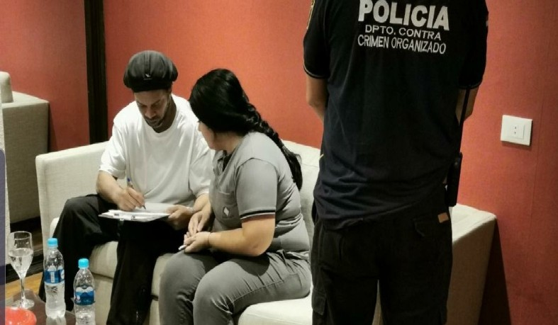 Ex-jogador foi a Assunção, capital do Paraguai, para compromissos comerciais