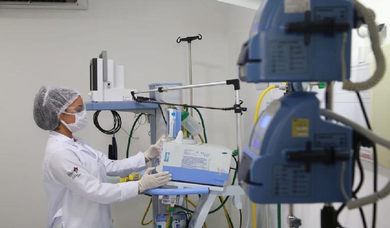 Estimativa é que cerca de Brasil tenha 15 mil médicos formados no exterior.