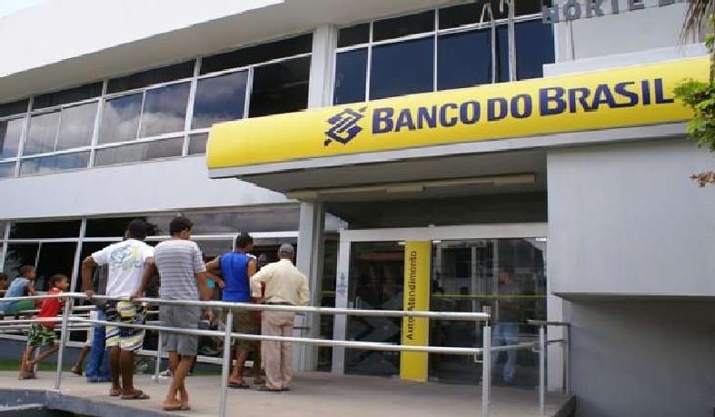 A decisão atinge todo os municípios brasileiros, inclusive os que implementaram a antecipação do feriado.