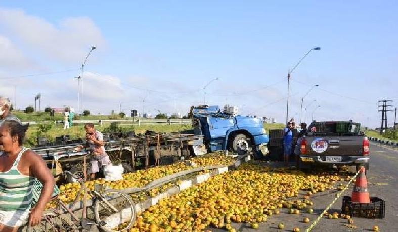 A carga estava avaliada em R$ 70 mil reais.