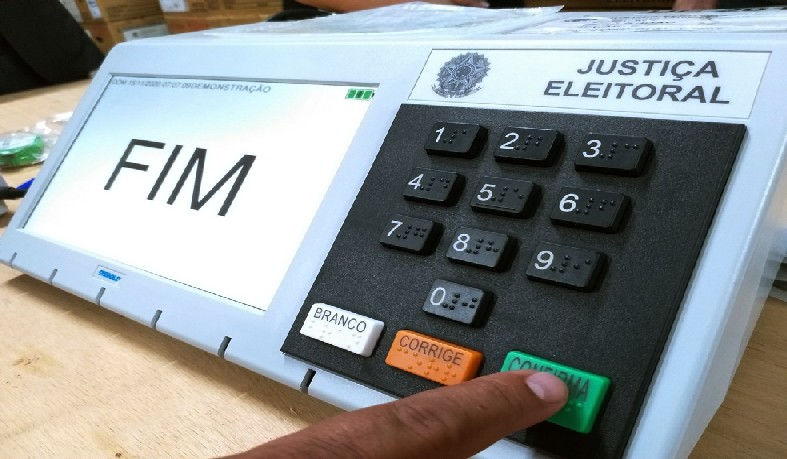 Além da carreata, fica liberada também a distribuição de material gráfico nos comitês ou diretamente nas residências de eleitores.