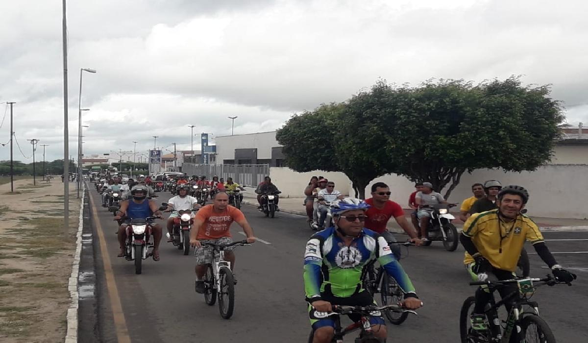 Manifestação em Santaluz favorável à greve dos caminhoneiros