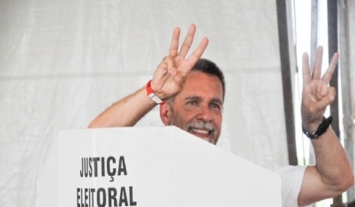 Ao todo fora, 945 votos favoráveis pela escolha de Ricardo, que teve passagem pelo Leão entre 2015 e 2016, no cargo de diretor de marketing.