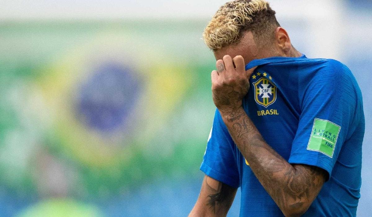 Neymar desabafa em rede social