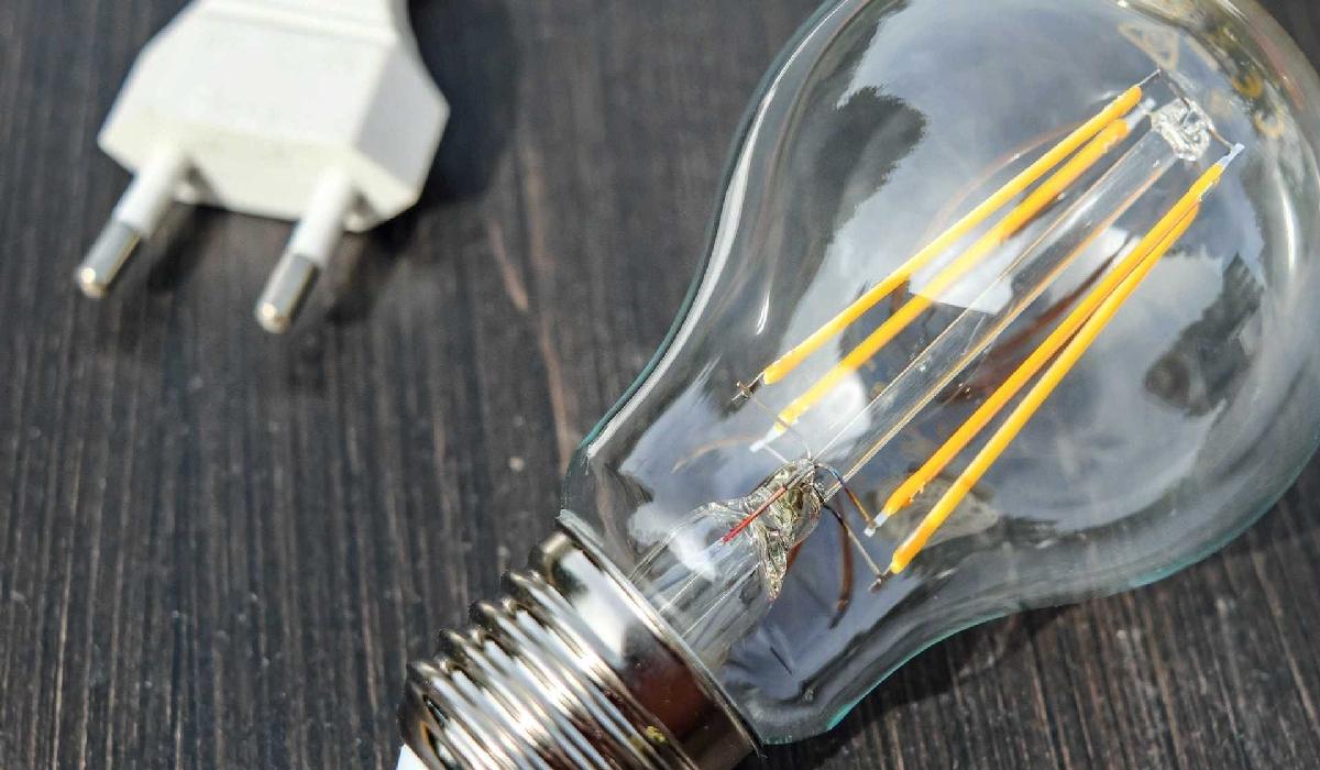 Governo analisa usar térmicas mais caras para enfrentar crise energética