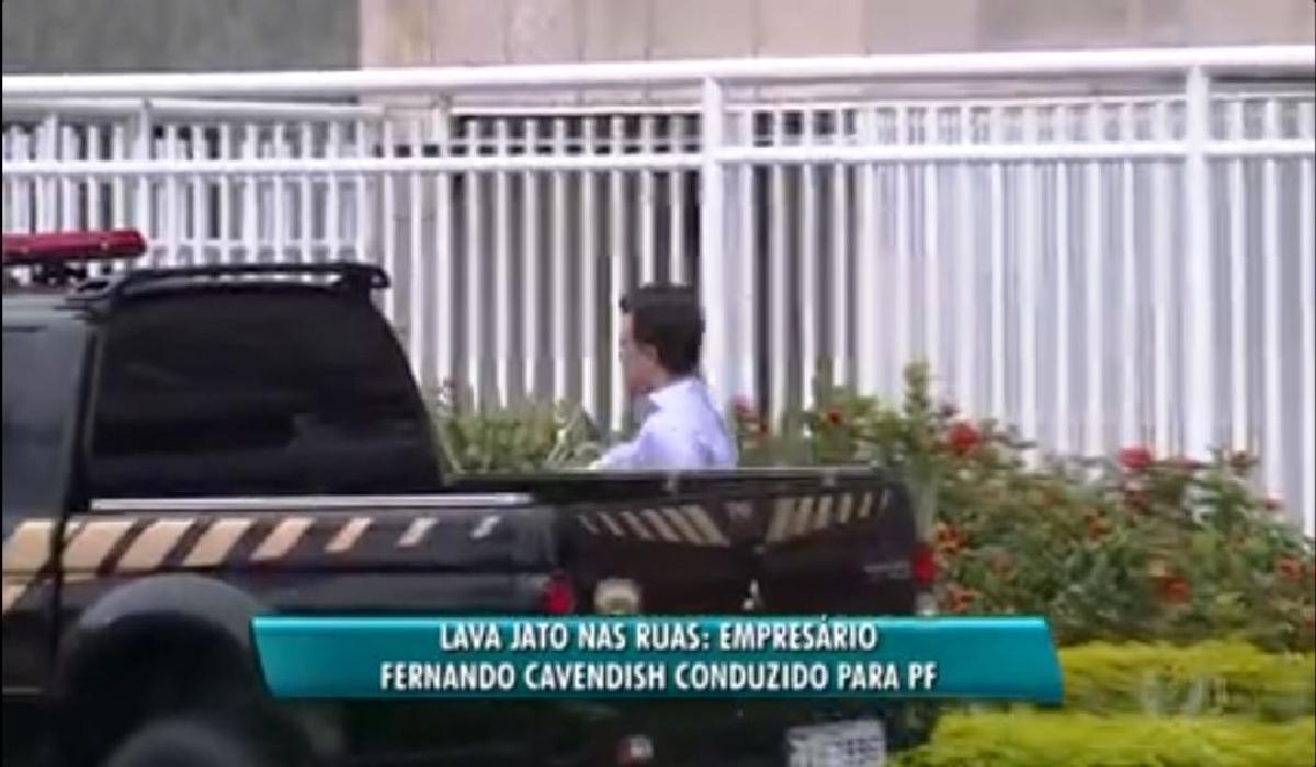 Fernando Cavendish é conduzido para Polícia Federa