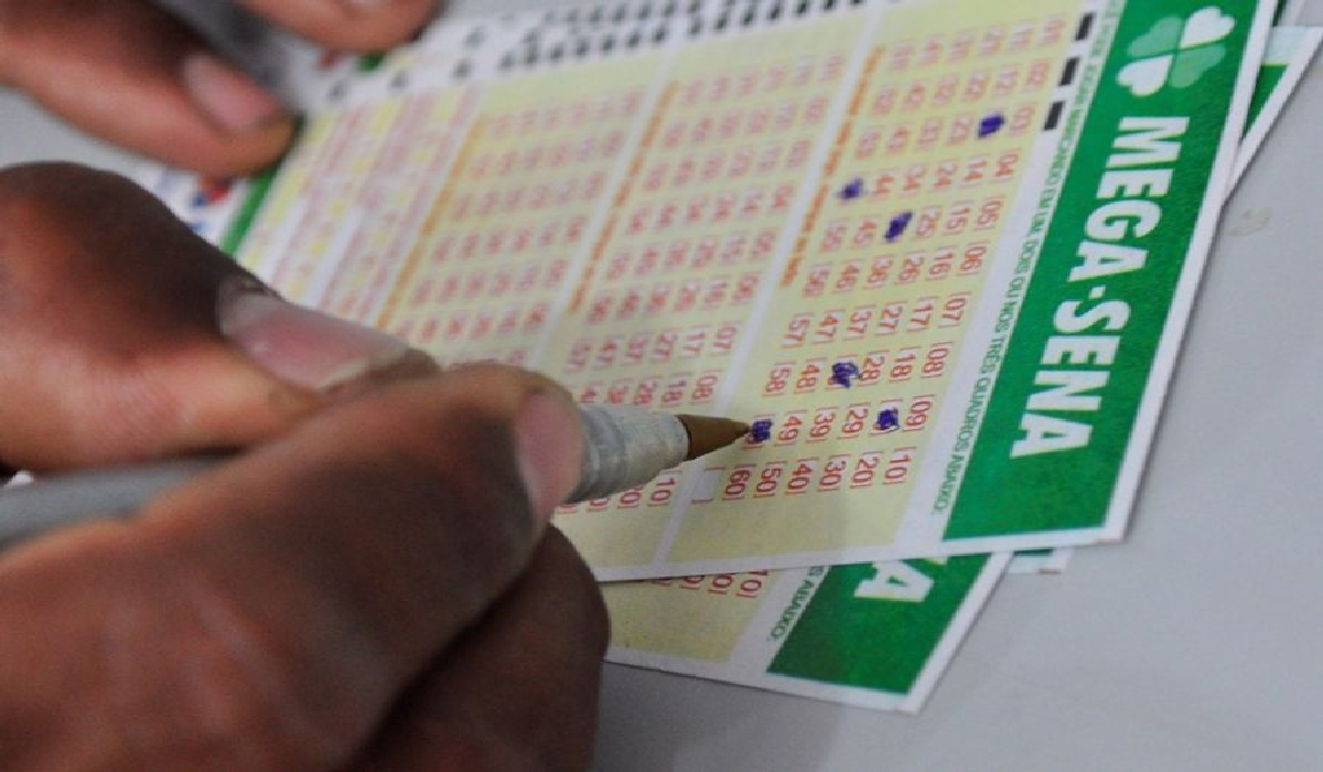 Clientes da Caixa podem fazer as apostas pelo computador, tablet ou celular.