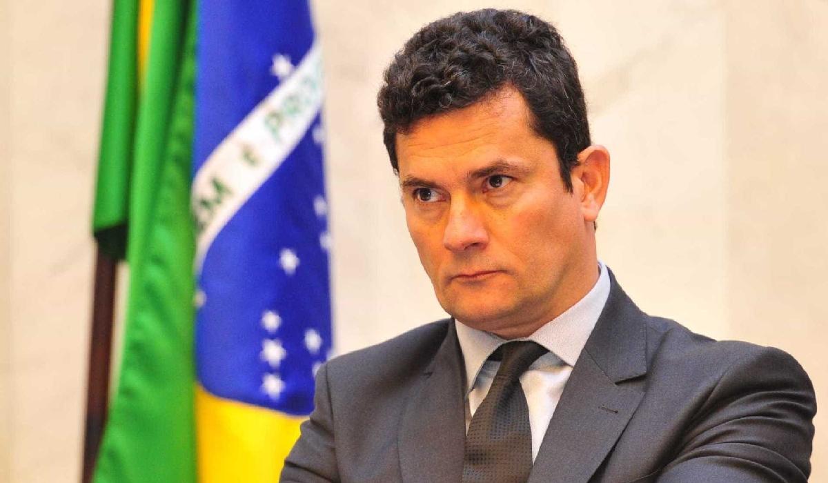 Inquéritos contra eles, que não têm foro privilegiado, serão encaminhados à Justiça Federal de Brasília