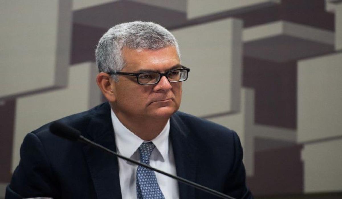 Monteiro precisa ser confirmado novamente pelo conselho da estatal.