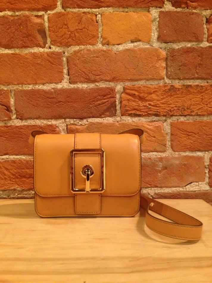 REBECCA MINKOFF - HOOK UP SMALL CROSSBODY SAND WITH LIGHT GOLD HARDWARE