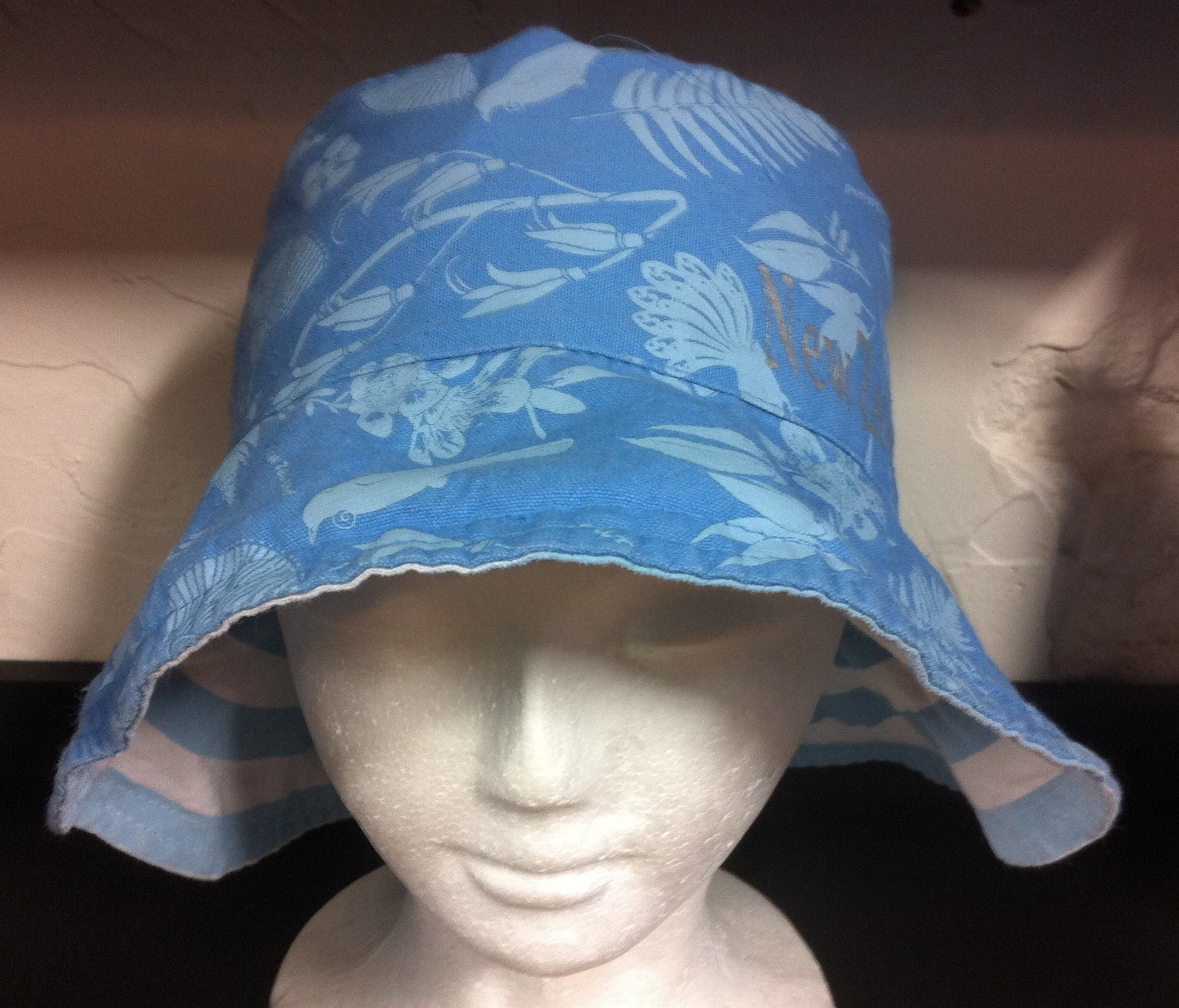 Ladies Reversible Hat Blue