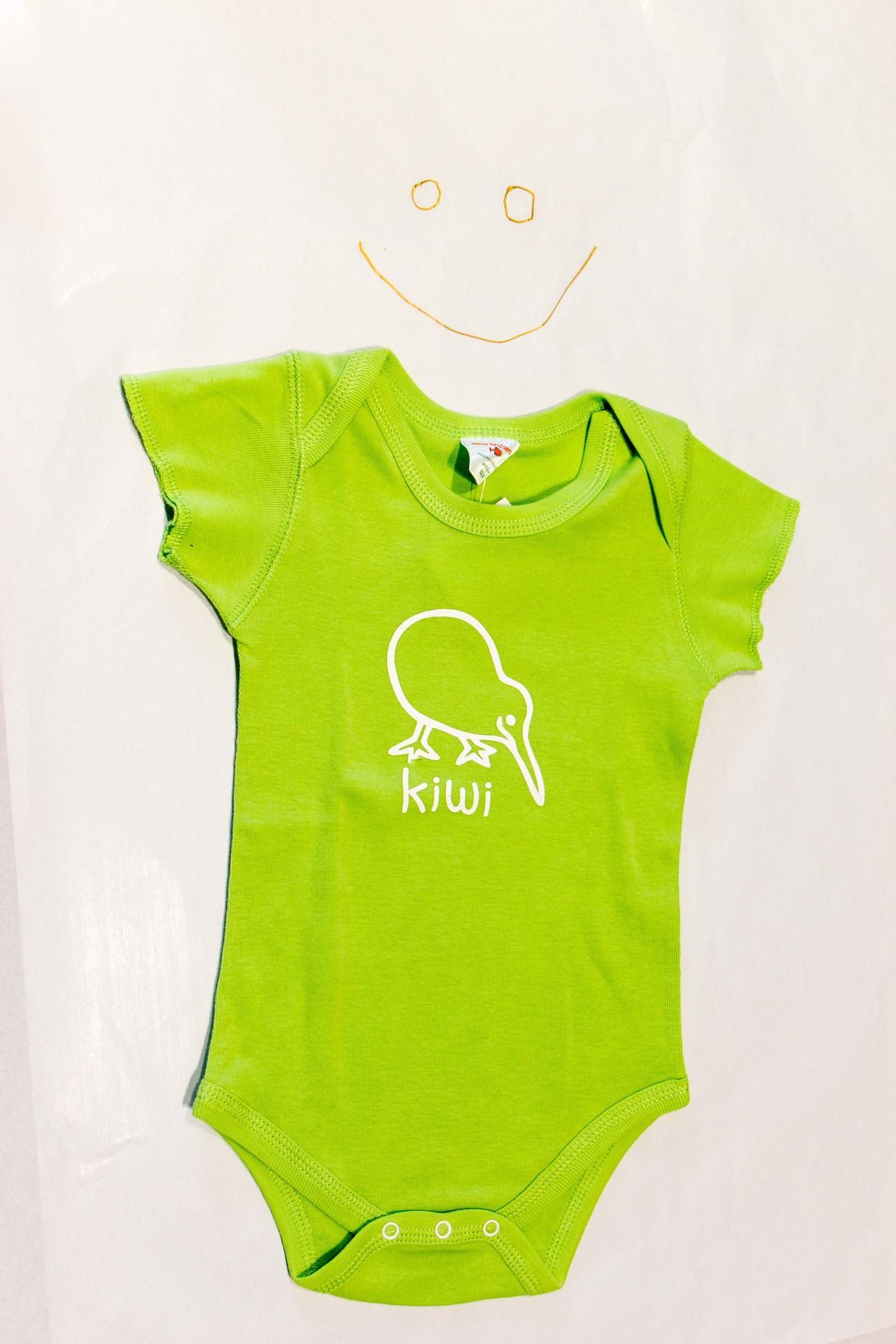 Kiwi Onesie Green 6mo