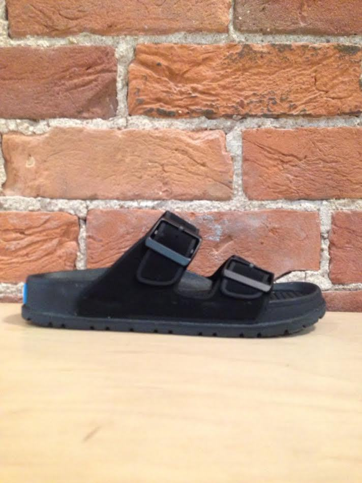 PEOPLE FOOTWEAR - THE LENNON IN REALLY BLACK/REALLY BLACK