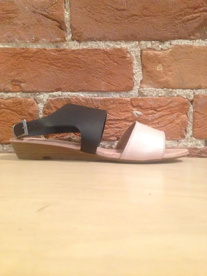 BUENO - ANGIE IN PALE PINK/BLACK