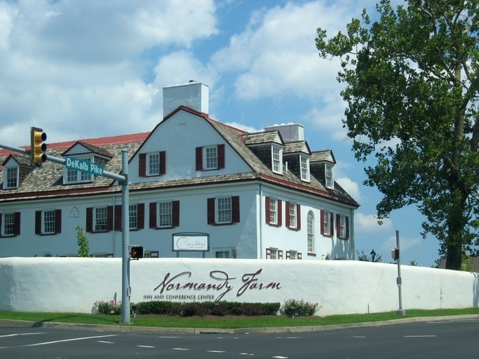 Normandy Farms Hotel Blue Bell Menu Parking Reviews Party Pricing More