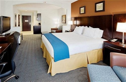holiday-inn-express-suites-warminster-horsham list